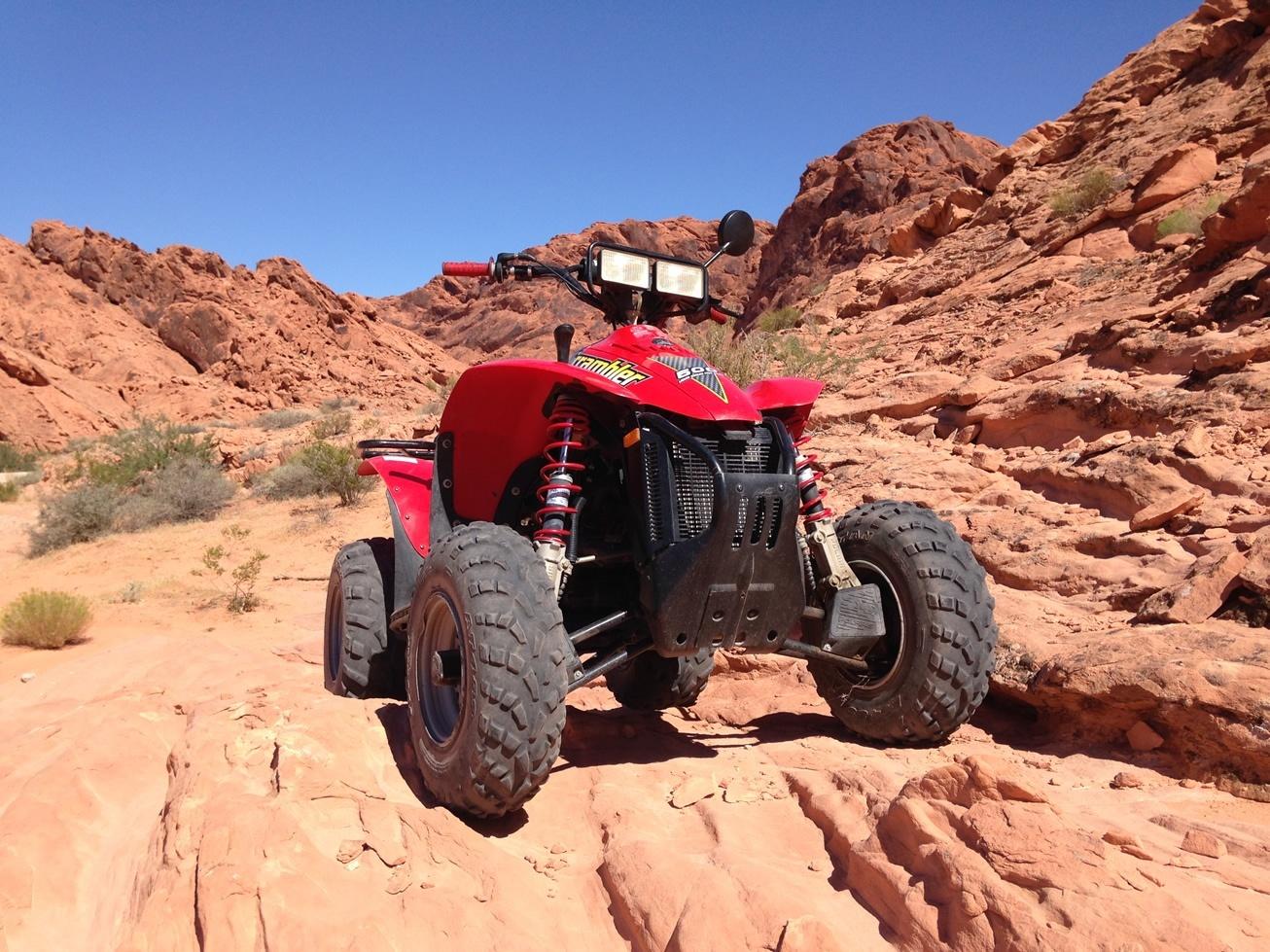 ATV en quad rijden op de Logandale Trails, NV