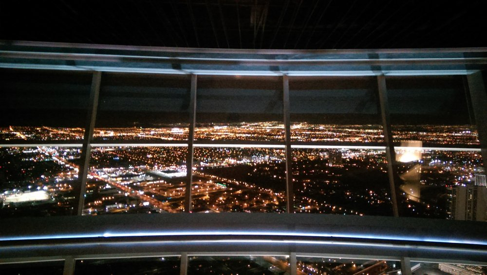 Level 107 Lounge @ Stratosphere Tower. Foto: Yelp