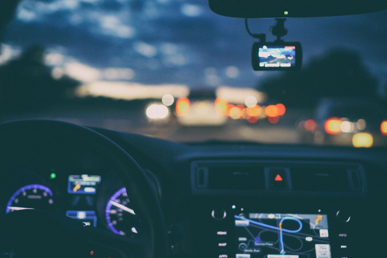 Navigatiesysteem Amerika: zelf meenemen of huren?
