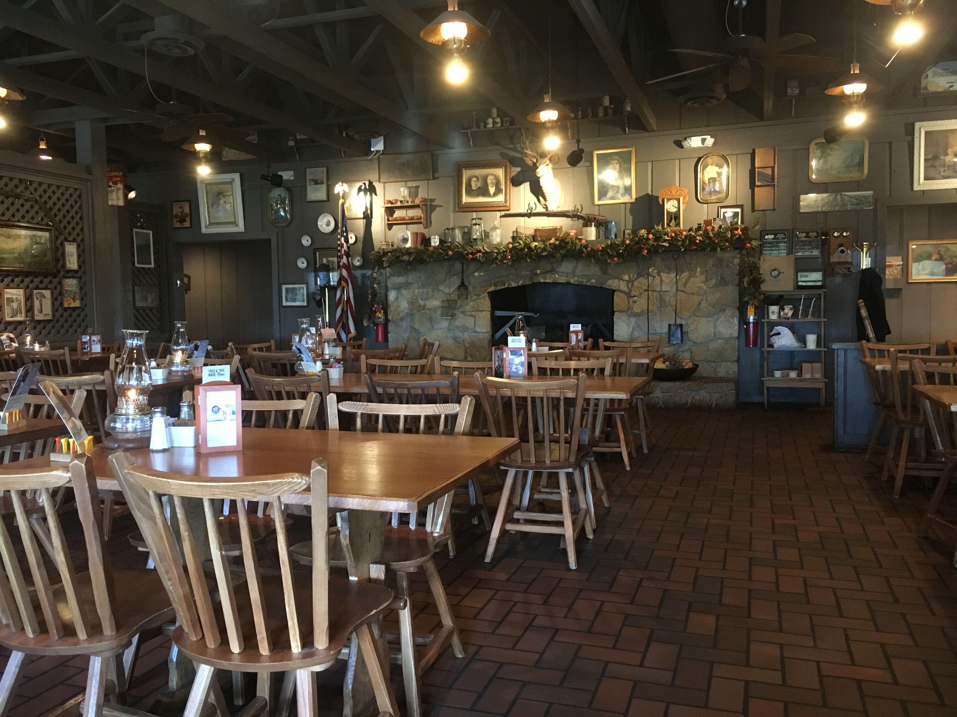 cracker barrel interieur