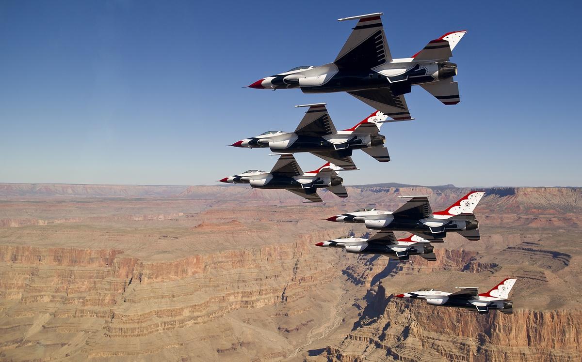 Thunderbirds & Blue Angels: een vliegshow in Amerika bezoeken